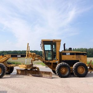 Wide view of Caterpillar 140H