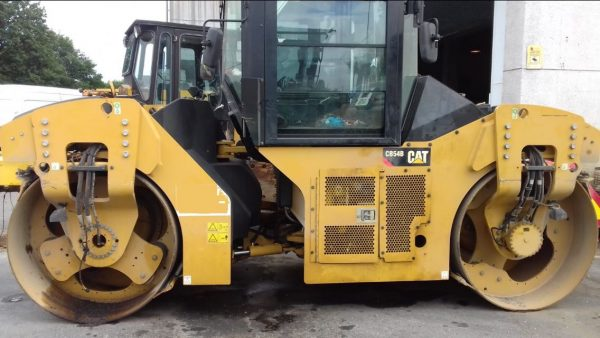 Caterpillar CB54B