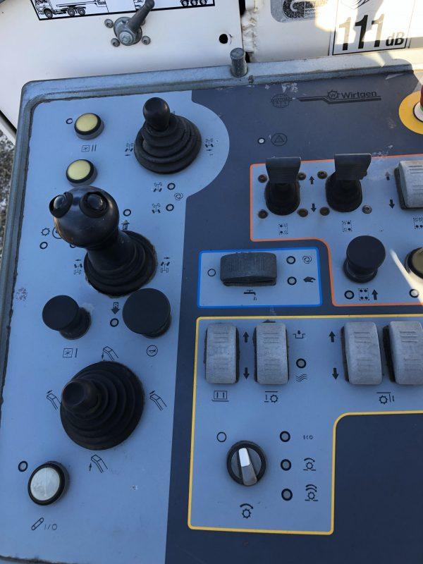 Wirtgen Machine W210