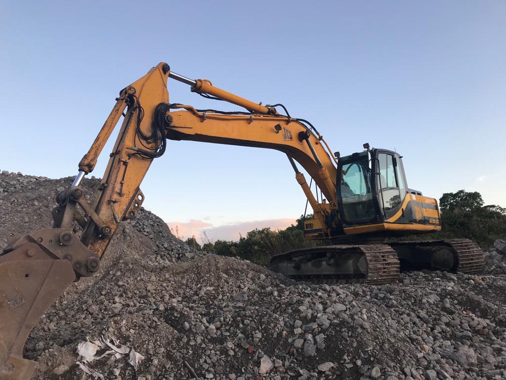 Jcb Js 210 Lc Track Excavator For Sale