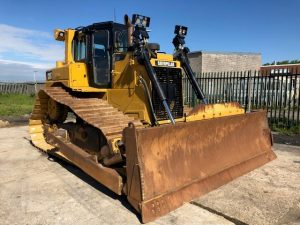 Caterpillar D6T XL