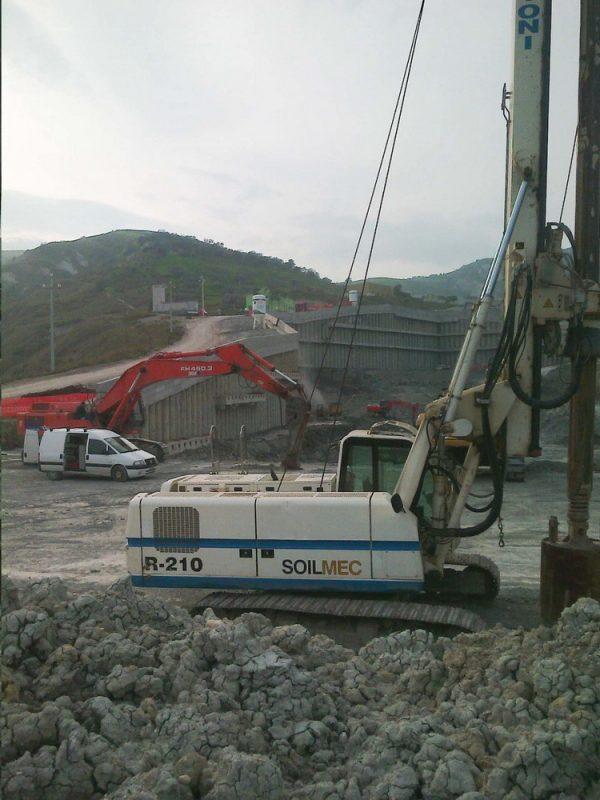 Soilmec R-210