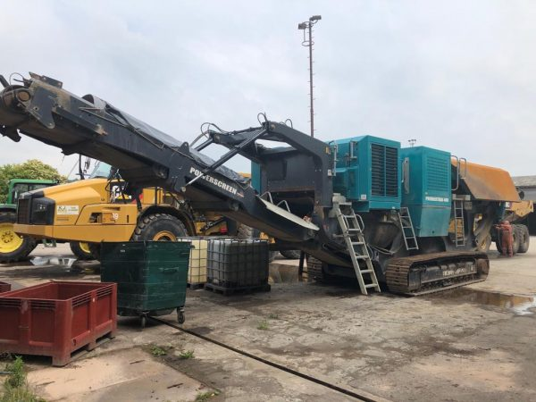 Powerscreen Premiertrack 400